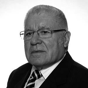 Odszedł Ambassador Julian Sutor (1931-2020)