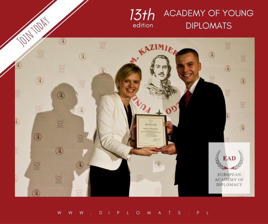Stypendia Akademii Młodych Dyplomatów